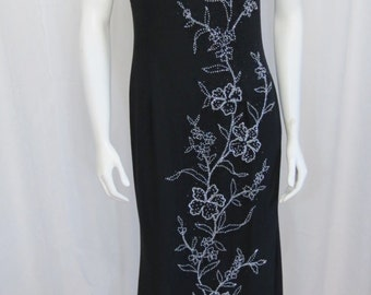 Luxurious beaded black silk gown from My Fashion. Prom, Evening. Resort. Size M
