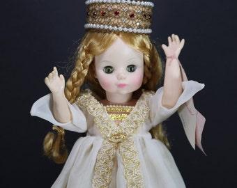 1413 Isolde Madame Alexander Dolls Opera Series Vintage Madame Alexander Doll