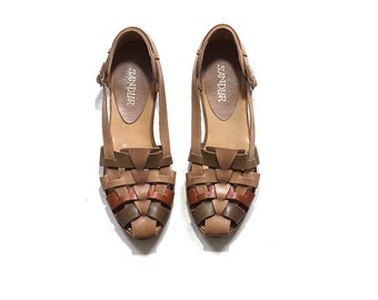 Vintage Leather Sandals 10 / Tan Leather Sandals / Woven Flats / Leather Huaraches