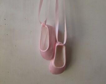 Infant Ballet Shoes in Pink Satin . Baby Ballerina Slippers . Baby Girl . Newborn Booties . New Mom Gift . Dance Flats