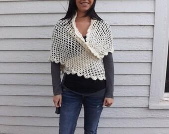 Ivory Shawl Granny Knit Grandma Wrap Vintage XS
