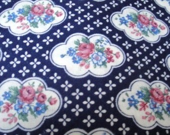 """45"""" Wide 1995 Cotton Screen Print Flower Pattern Fabric / Navy Blue with Roses / Victorian Style/ Quilting Fabric Sewing Home Decor S130"""