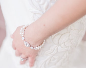 Pearl Bridal Jewelry, Pearl Bridal Bracelet, Pearl Wedding Bracelet, Victorian Style Bracelet Pearl and Rhinestone Wedding Jewelry Swarovski