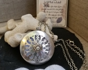 Aromatherapy Locket Necklace, Diffuser Necklace, Essential Oil Locket, Locket Pendant, Essential Oil Diffuser, Aromatherapy Jewelry