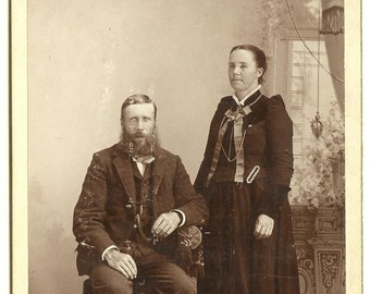 CABINET CARD, Couple, Victorian Dress, Bogge Photographer, Cambridge, Minn.