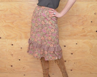 Vintage 70's Skirt Midi In Pink With Sweet Prairie Style Floral Pattern SZ S