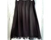 Vintage Black Slip Skirt, Size 22/24 - 2XL, Lace Trim Knee Length Skirt, Plus Sized Lingerie