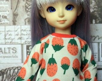 SALE Strawberry Sweater for YOSD