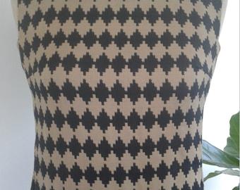 60s PECK & PECK—Caramel and Black Ziggurat Print Wiggle Dress—Size 6