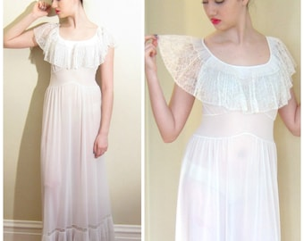 Vintage 1940s Van Raalte Nightgown in White Nylon Sheer Ruffles Pleating / 40s Lacey Negligee Slipdress / Small