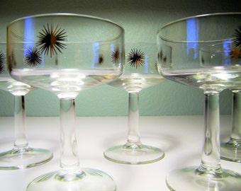Mid Century Modern 50s 60s Atomic Starburst Sun Sunburst Martini Champagne Glasses 1950s 1960s Glass Star Sputnik Mad Men Bar Barware