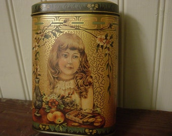 Vintage English Daher Biscuit Tin / Home Made Ginger Wafers Advertising / Retro Kitchen Farmhouse Decor