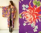 1940's Vintage Bold Floral Pattern Japanese Vintage Kimono Robe Duster Jacket