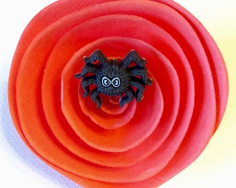 Halloween Hair Clip, Spider Hair Clip, Spooky Hair Clip, Fall Hair Accessory, Girls Hair Clip, Fashion Hair Clip, Hair Clip with Spider
