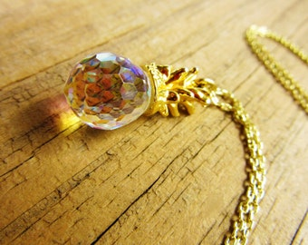 Estate Hawaiian Pendant Cut Lead Crystal Pineapple 18KT Goldplated leaves Gold Plated Oval Link Chain