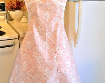 Old Fashioned Vintage Style Apron in Light Pink with Roses