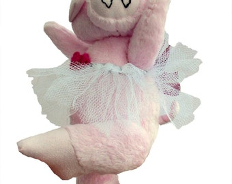 Priscilla Piggles digital piglet sewing pattern