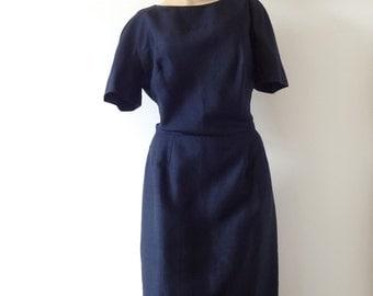 1950s Sheath Dress - vintage wiggle dress - navy blue - size M