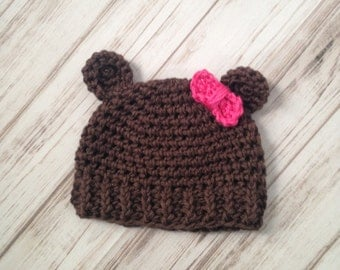 Girls Bear Hat With A Bow size 3 to 6 months, Ready To ship, photography prop, bear hat, baby shower gift, Ribbed hat, bow hat