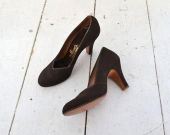 1940s Hines Brown Velvet Heels
