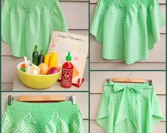 Green Gingham 50's Apron - Hand Smocked- 1950's 1960's Hostess Party Half Apron with Waist Ties