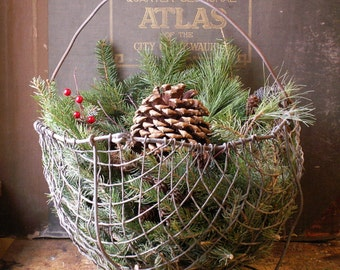 Vintage Wire Feeding Basket with Floating Base - Rustic Equestrian Decor