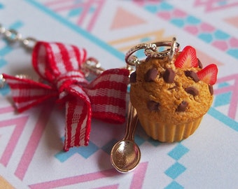 Muffin Necklace Strawberry Muffin (chocolate necklace miniature muffin food miniature mini food jewelry food necklace gift for her)