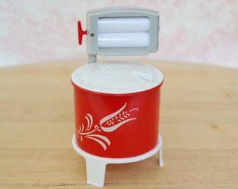 Vintage Li'l Washer Salt and Pepper Shakers