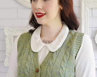 Vintage Green Wool Knit Sweater Vest with Wood Buttons by Scotsdoon Size Small or Medium