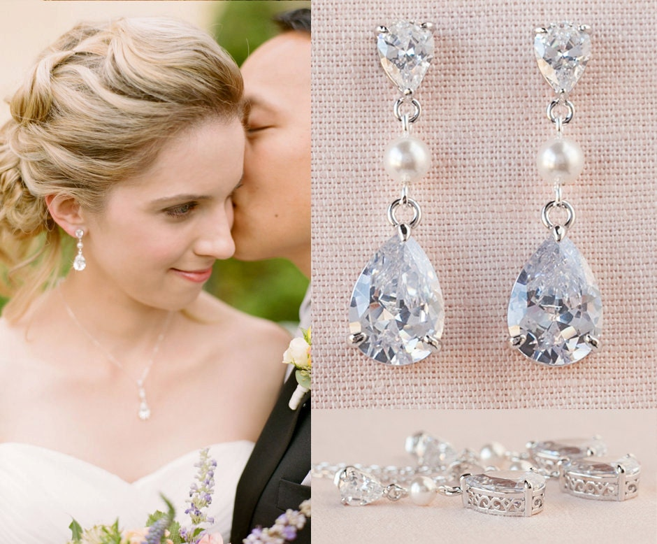 Crystal Bridal earrings, Rose Gold  Wedding jewelry Swarovski Crystal Wedding earrings, Pendant, Bridal jewelry, Crystal Drop and Pearl SET