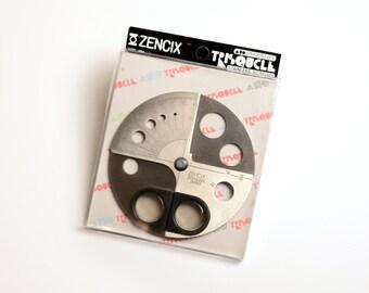 Zencix circle scissors Trisquole stainless scissor Japan kawaii vintage office space age modern Sassafras Enterprises Inc