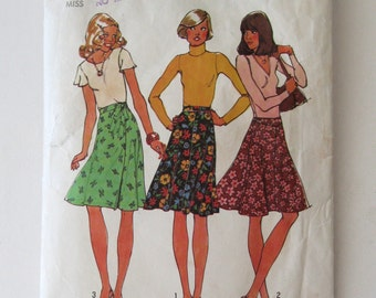 1970s Skirt Pattern Simplicity 7910 Womens Easy Wrap Skirt and Flared Bias Skirt Sewing Pattern Misses Size 12 Waist 26.5