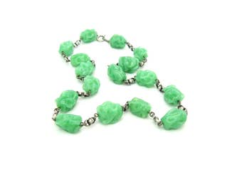 Glass Bead Necklace. Green Jade Choker. 800 Silver Links. Lampwork Glass. Vintage 1930s Art Deco Beaded Jewelry