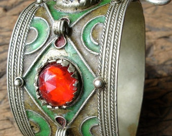 Moroccan  tarnished enamel bracelet cuff with red jewels