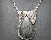 Sterling Silver Tulip Blossom Pendant with Teardrop Labradorite Stone Cabochon D