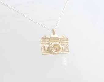 Gold Camera Necklace - Photographers Necklace - Photography Necklace - Gift for Shutterfly