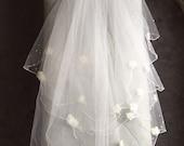 "90s Beaded Floral Wedding Veil with Rhinestones - 35"" Waist Length"