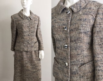 Classic 1960s Davidow Wool Tweed Skirt Suit with Pretty Buttons