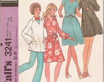 Great Uncut Vintage 1970s McCall's 3241 Pullover Dress and Belt or Smock and Pants Sewing Pattern B34
