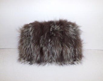 Vintage 1940s large real silver frosted fox fur hand muff winter warmer with built in bag handbag