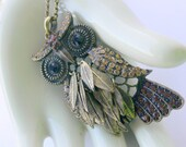 rhinestone  owl necklace  with moveable feathers