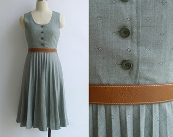 Vintage 70's 'Preppy Collegiate' Green Pleated Jumper Dress XS or S
