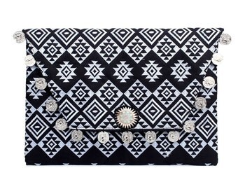 Coin Clutch Bag With Embroidered Fabric Handmade Thailand (BG306WC-140C12)