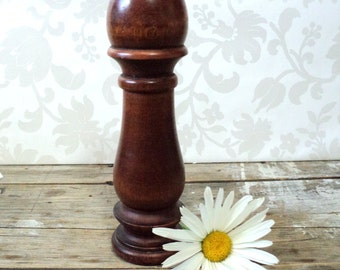 Baribocraft Wooden Pepper Mill and Salt shaker in one, 1960's, Made in Canada, grinder