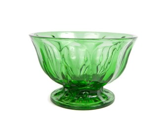 Vintage Emerald Green Glass Footed Bowl Candy Flower Nut Bowl Pedestal Bowl Jewel Tone