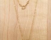 Un Disque Necklace