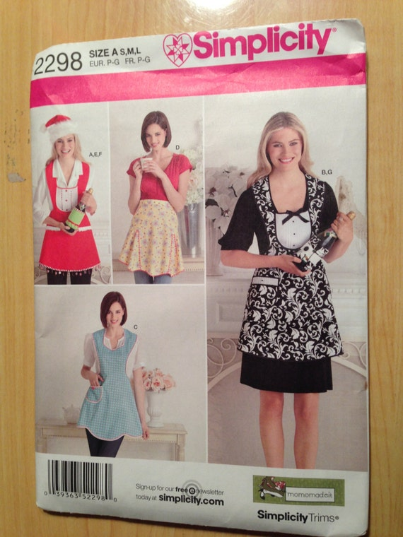 Simplicity 2298 Sewing Pattern Misses Aprons, Hat in Three Sizes and Bottle Cozy Size S-M-L