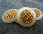5 Vintage buttons, woven metal inset in plastic pearlized base 20mm and 23mm