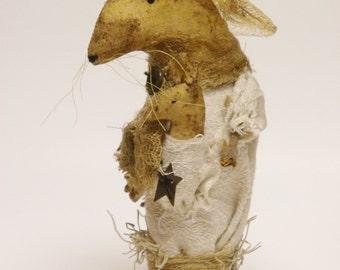 Garden Mouse, Primitive Animals, Spring Decor, Country Farmhouse Decor
