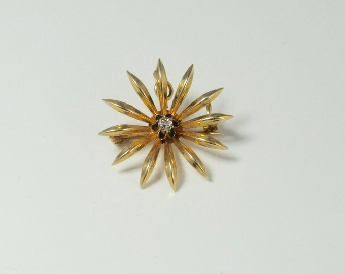 Edwardian Diamond Sunburst Pin with Retractable Pendant Accouterment in 14 Karat Yellow Gold